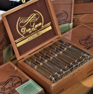 Don Lucas Boutique Cigars H.S. Series Robusto Cigars